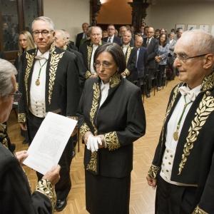 Ingreso como Académica de Número de Montserrat Guillén 15/10/2015  - 15/10/2015