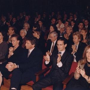 Asistentes del ingreso de José Daniel Gubert ,foto de familia 10/05/2001  - 10/05/2001