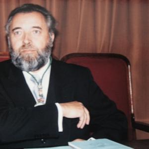 Ingreso del Dr. Carlos Mallo Rodríguez como académico correspondiente en la RACEF - 20/04/1995