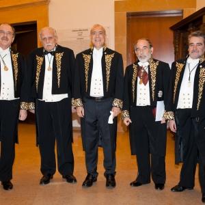 José Ángel Gurría junto a sus introductores el día de su ingreso en la RACEF - 22/12/2012