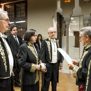 Ingreso como Académica de Número de Montserrat Guillén 15/10/2015 - 21/10/2015