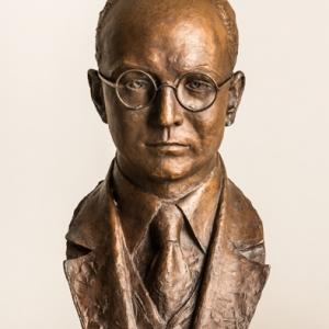 Busto de José María Vicens Corominas - 23/11/2010