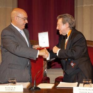 Entrega de la medalla de honor de la RACEF al Sr. Dr. D. Javier Rojo, el 18 de octubre de 2007 - 18/10/2007