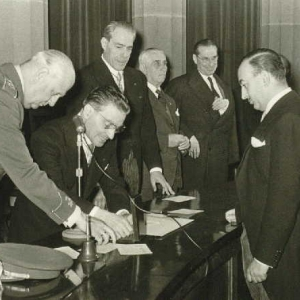 Ingreso de Excmo. Sr. D. José María Sainz De Vicuña y García - Prieto como académico de número 01/10/1960 - 01/10/1960