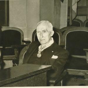 Rafael Gay de Montellà en un acto académico  - 16/11/1954