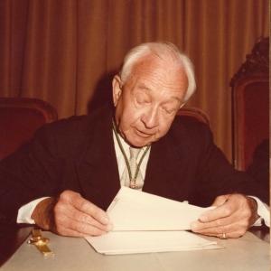Ingreso Adolf E. Deucher correspondiente extranjero  29/05/1985  - 29/05/1985