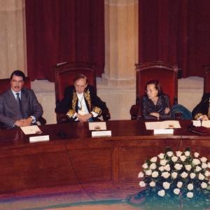 Mesa presidencial del Ingreso Dr. Mohamed Laichoubi (19-02-2009) - 19/02/2009