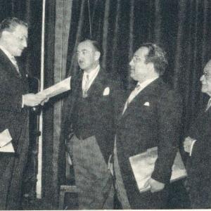 José Luis Urquijo De La Puente correspondiente para Madrid en el acto de su recepción, 19/05/1960 - 19/05/1960