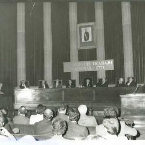 Asistentes al acto de ingreso del Excmo. Sr. Dr. D. Raymond Barre 11-23-1984 - 23/11/1984