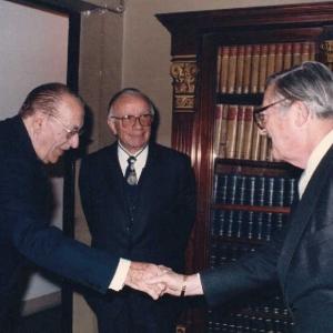 Ingreso de Harry L. Hansen como académico correspondiente Estados Unidos 28/10/1986  - 28/10/1986