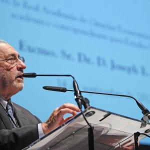 Discurso de ingreso del Dr. Joseph Stiglitz como académico correspondiente para Estados Unidos en la RACEF - 14/09/2012